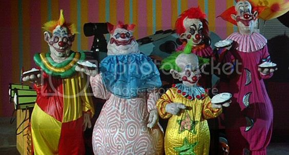 http://i980.photobucket.com/albums/ae281/1991jrs/killerklowns3.jpg